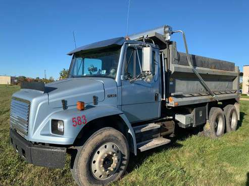 1994 Freightliner FL-80 for sale in Sycamore, IL