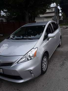 2013 Toyota Prius V for sale in Harwood Heights, IL