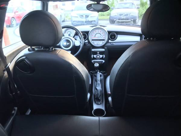 2010 Mini Cooper Low 100K Miles*6 SPD Manual*1.6L Hatchback*Leather for sale in Manchester, ME – photo 12