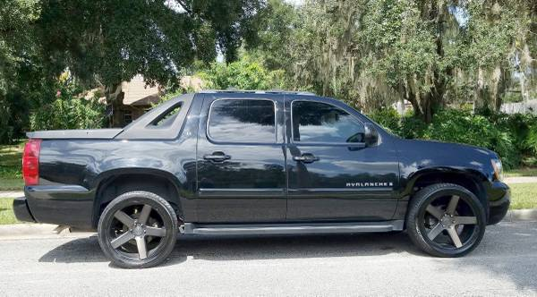 2007 Chevy Avalanche LT for sale in Glenwood, FL – photo 3