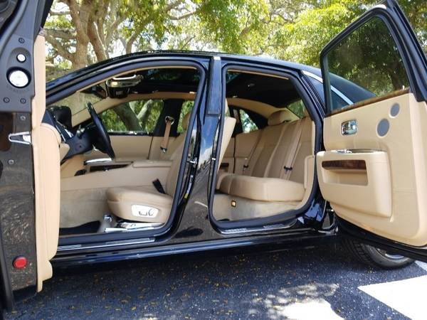 2011 Rolls-Royce Ghost BLACK/TAN! CLEAN CARFAX! MINT CONDTION!... for sale in Sarasota, FL – photo 22