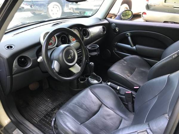 2005 MINI Cooper Hardtop 2dr Cpe== Great condition==Needs... for sale in Stoughton, MA – photo 11