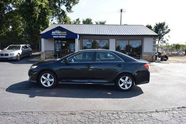 2012 TOYOTA CAMRY SE SEDAN - EZ FINANCING! FAST APPROVALS! for sale in Greenville, SC