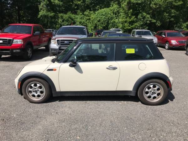 2005 MINI Cooper Hardtop 2dr Cpe== Great condition==Needs... for sale in Stoughton, MA – photo 4