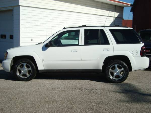 08 Chevy Trail Blazer for sale in Canton, OH