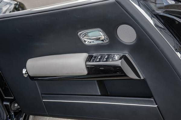 2016 Rolls-Royce Phantom Coupe coupe Diamond Black for sale in Downers Grove, IL – photo 23